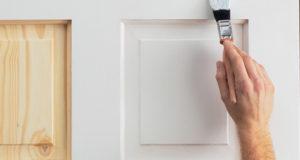 Как покрасить двери