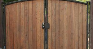 Как построить ворота своими руками?