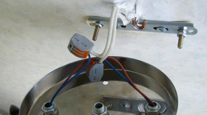 Как повесить люстру на бетонный потолок, варианты и особенности