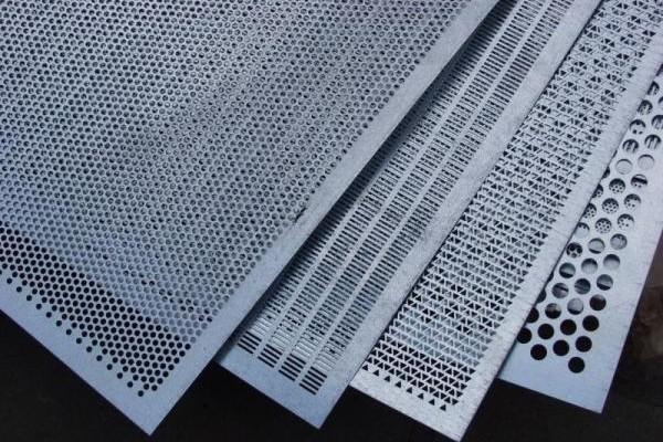 Как сделать кассетные потолки, какие виды есть и как выбрать