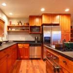 Особенности выбора натяжных и подвесных потолков