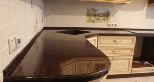 Преимущества каменных столешниц для кухни