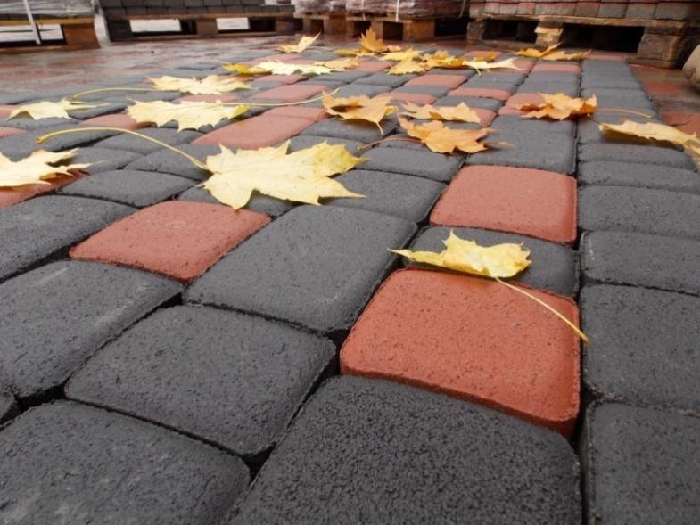 Вибропрессованная тротуарная плитка – преимущества над вибролитьевым аналогом