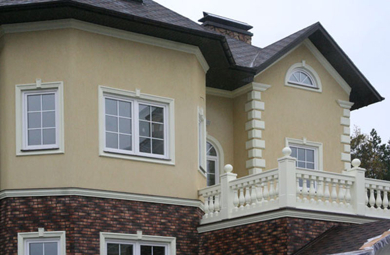 Лепнина для фасада в частном доме сегодня
