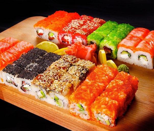 Доставка суши и роллов по Севастополю от Гиро-Тун