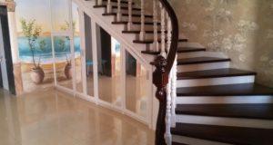 Преимущества контрастной лестницы с двойным разворотом