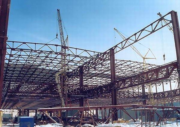 Нюансы проведения демонтажа металлоконструкций