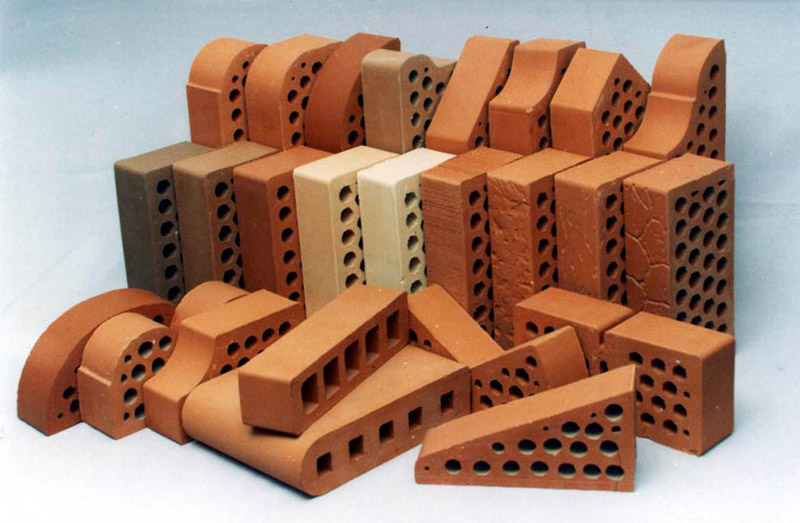 Все виды кирпича по цене производителя в компании Керамик Групп