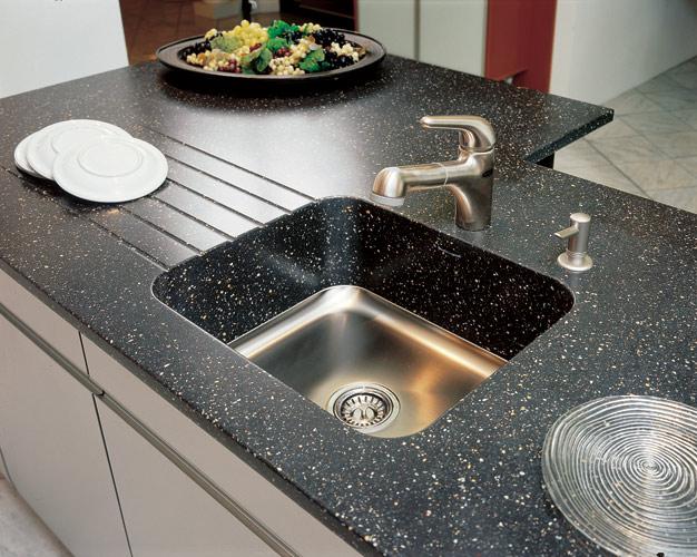 Столешницы из искусственного камня – лучший выбор для любой кухни