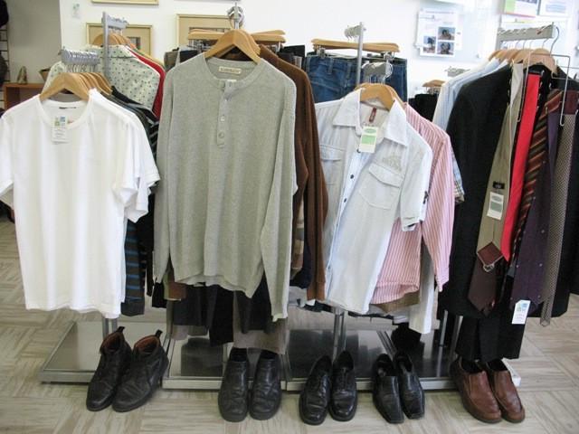 Пять причин покупать мужскую одежду в секонд-хенде