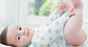 Как правильно выбрать одежду для новорожденного ребенка