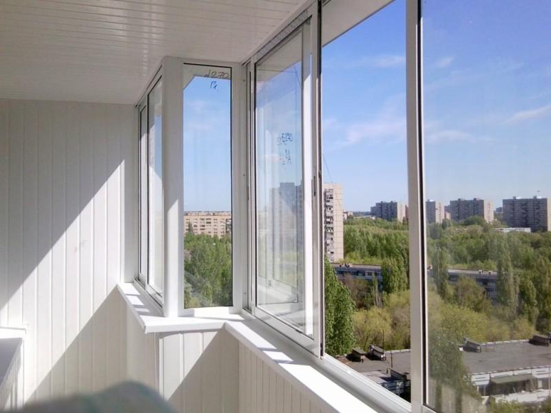 Как правильно выбрать окна для балкона и лоджии
