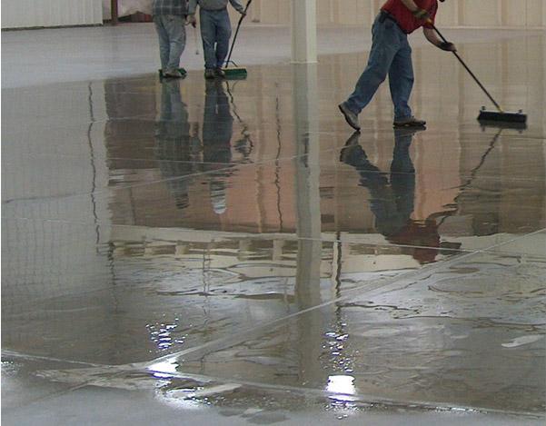 Обеспылевающая пропитка для бетона удлиняет срок его службы