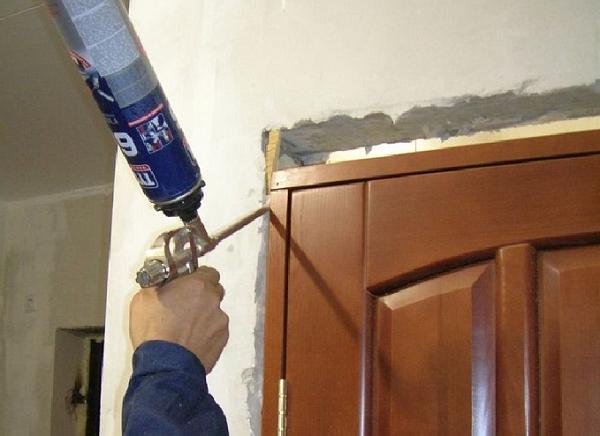 Пошаговая инструкция установки межкомнатных дверей