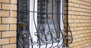 Современные металлические решетки на окна